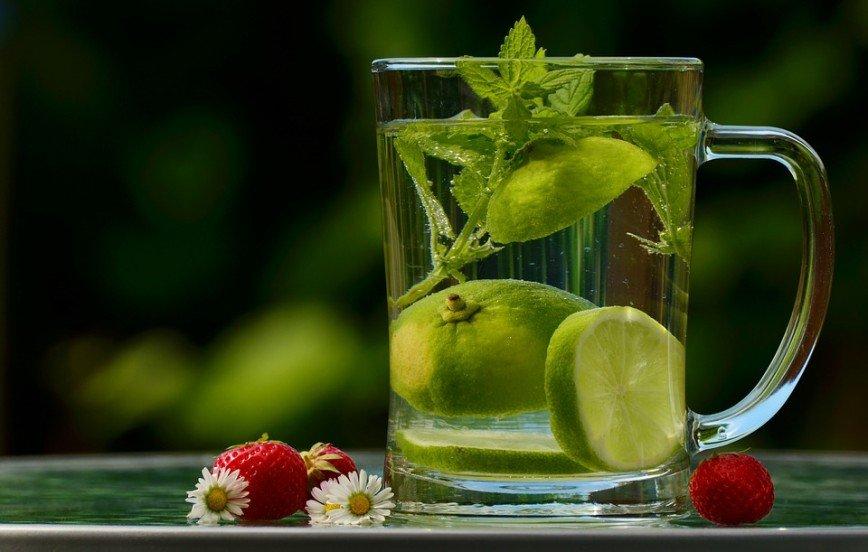 Новый год без алкоголя: вкусные напитки для непьющих