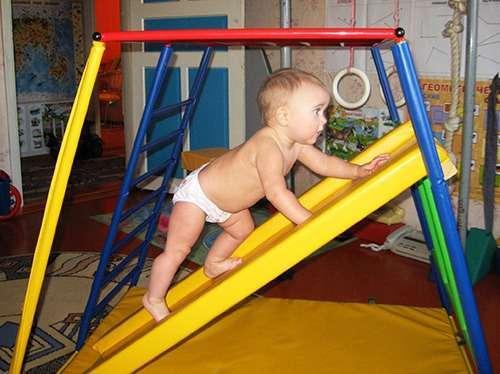 Найнеобхідніше у розвитку дитини першого року життя