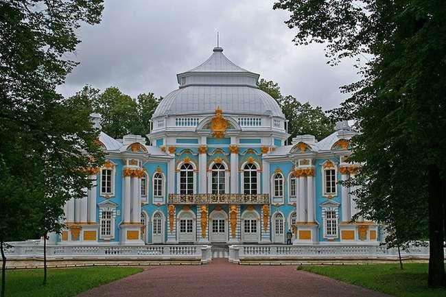 Місто Пушкін під Петербургом: «Поїдемо в Царське Село!»