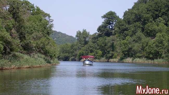 Болгарія: Бургас - Кітен - Созополь - Ропотамо. Любителям спокою, природи і старовини