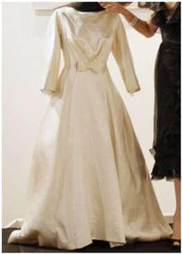 Унікальні весільні сукні знаменитостей – погляд на Захід