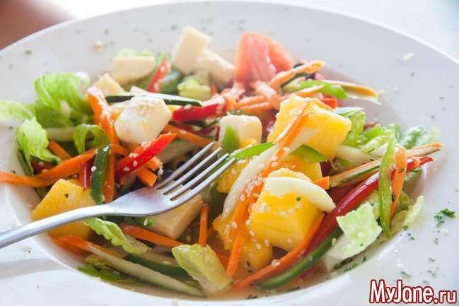 Які салати можна їсти мамі, що годує?