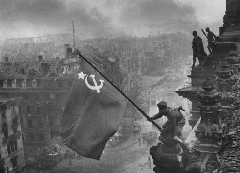 Переможний місяць: травень 1945 року.